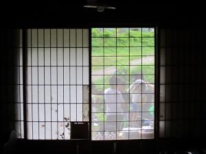 昭和の雰囲気を残す母屋